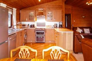 Kitchen lodge 19