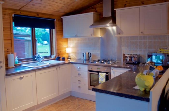 Kitchen lodge 30